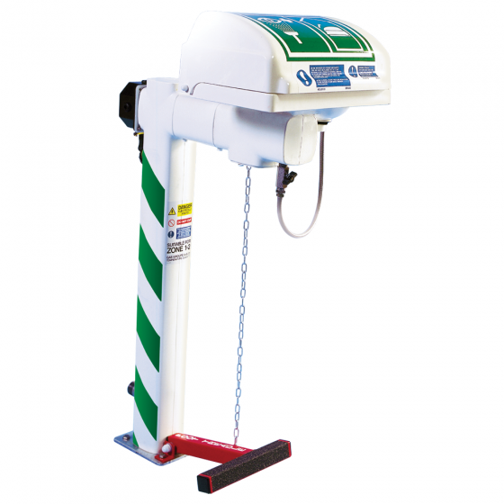 Trace tape heated pedestal mounted eye wash with GRP closed bowl and integral handheld shower